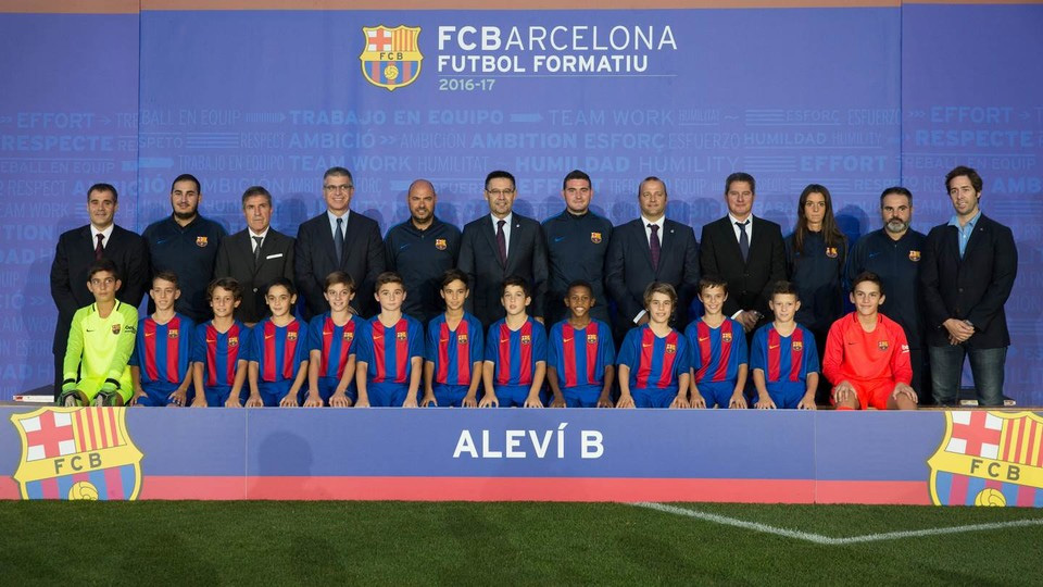 U-12 ジュニアサッカー ワールドチャレンジ2017 » FCバルセロナ